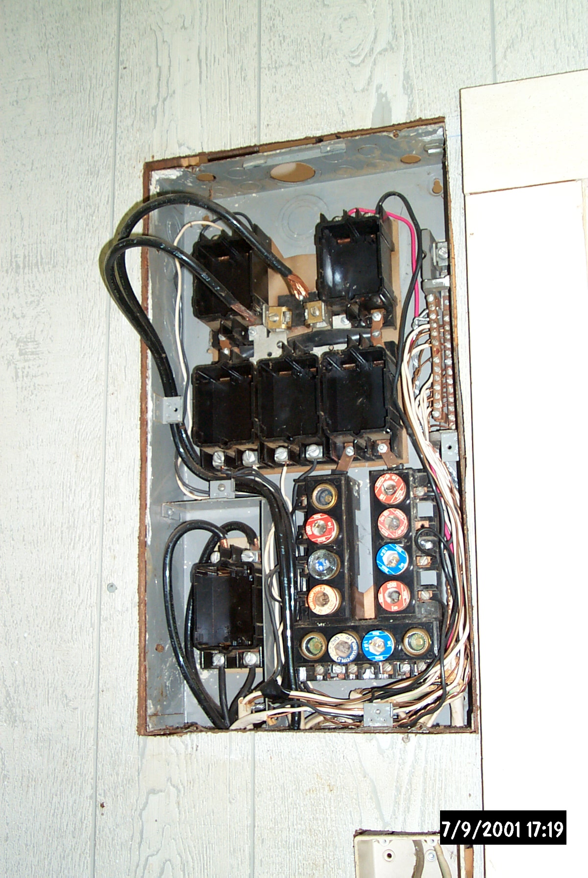 Electrical Upgrades Click Here Old Fuse Box Help Is The In Guest House I Slept A Lot Easier Once This Death Trap Was Disable Scariest Thing That There Were No Wire Clamps Of